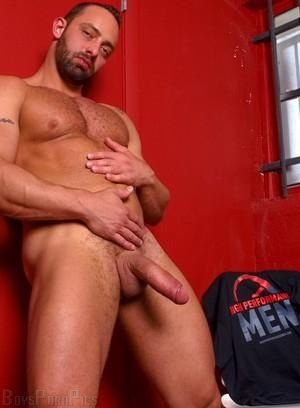 Gay beefy Porn Pictures - 76 Galleries