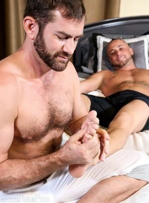 Gay Massage Pictures - 214 Galleries