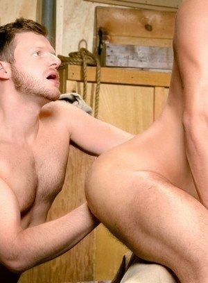 Horny Brian Bonds,Zack Taylor,