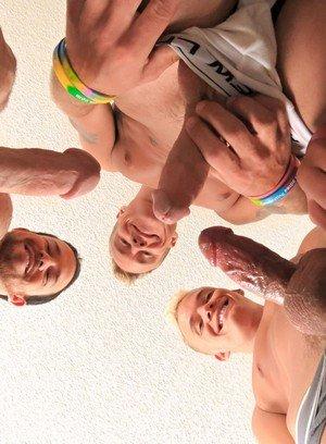 Handsome Guy Nick Decker,Ryan Ashland,Jay Thomas,