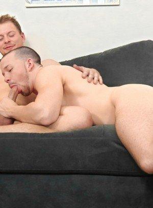 Cute Gay Nick Decker,Isaac Conn,