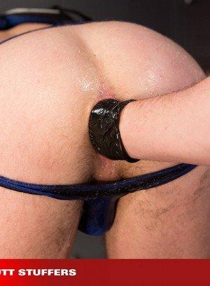 Horny Gay Brian Bonds,