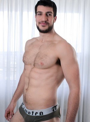 Big Dicked Gay Damian Brooks,Kiern Duecan,
