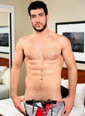 Sexy Guy Kiern Duecan,