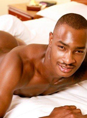 Handsome Guy Diaon Starr,Tyson Tyler,