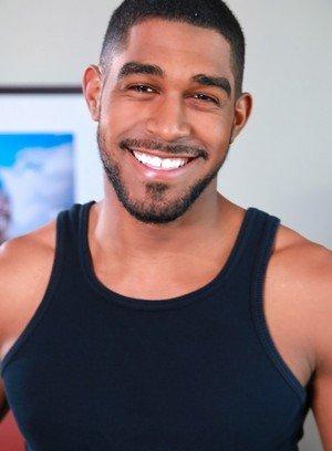 Sexy Gay Damian Brooks,