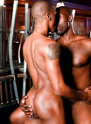 Naked Gay Nubius,