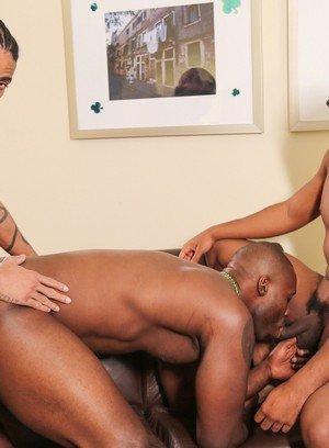Naked Gay Jin Powers,Nubius,