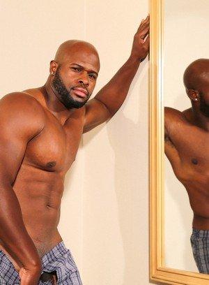 Hot Guy Darian,