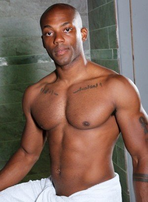 Hot Guy Krave Moore,Osiris Blade,