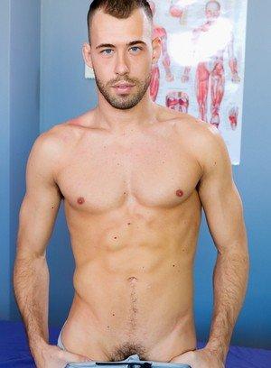 Sexy Guy Brandon Jones,Osiris Blade,