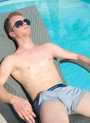 Hot Guy Liam Harkmore,