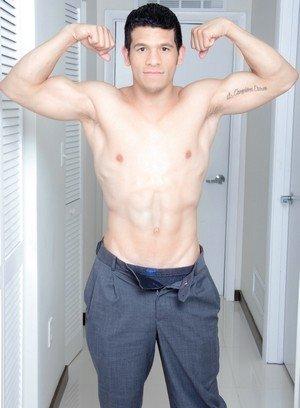Hot Gay Lee,