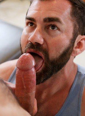 Handsome Guy Tommy Defendi,Jake Jennings,