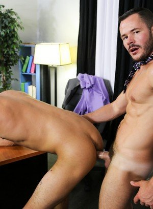 Handsome Guy Patrick Ridge,Valentin Petrov,