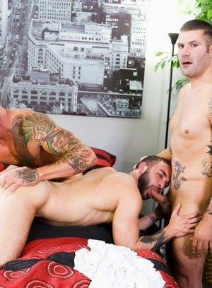 Muscle man Sean Duran,Fernando Del Rio,Caleb Troy,