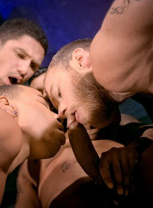 Sexy Dude Dato Foland,Tyson Tyler,Trelino,Boomer Banks,Shawn Wolfe,