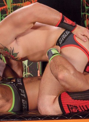 Hot Boy Sean Zevran,Sebastian Kross,