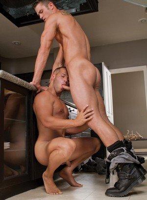 Muscle man Ryan Rose,Luke Adams,