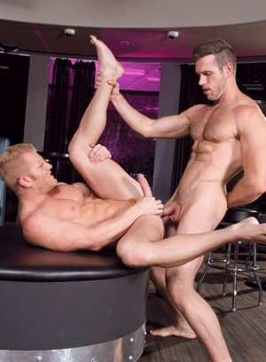 Seductive Man Alex Mecum,