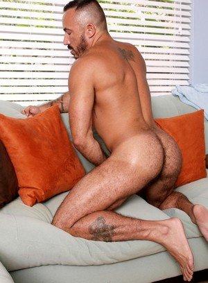 Hunky Gay Alessio Romero,