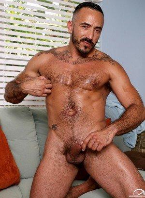 Cocky Boy Alessio Romero,