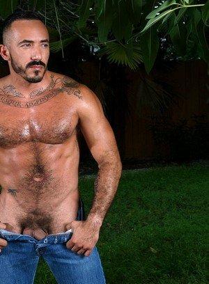 Sexy Guy Alessio Romero,