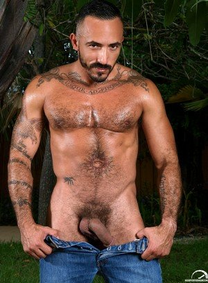 Big Dicked Alessio Romero,