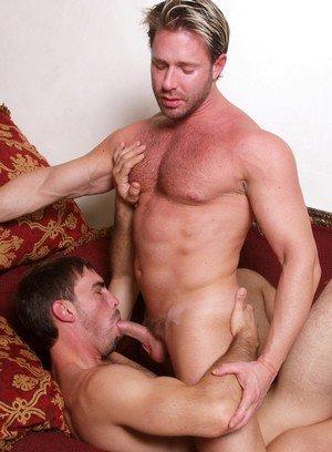 Handsome Guy Chad Glenn,Joe Parker,