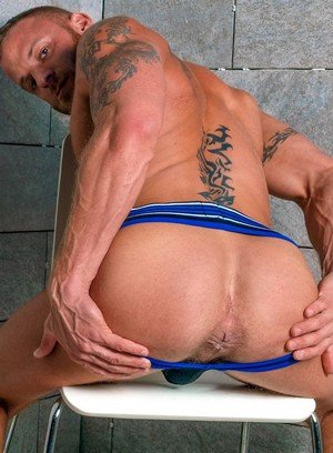 Sexy Guy Derek Parker,