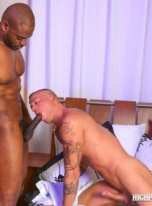 Muscle man Diesel Washington,Sean Duran,