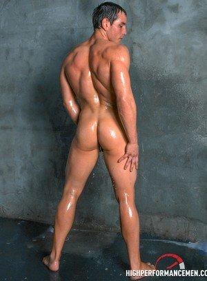 Big Dicked Dylan Roberts,