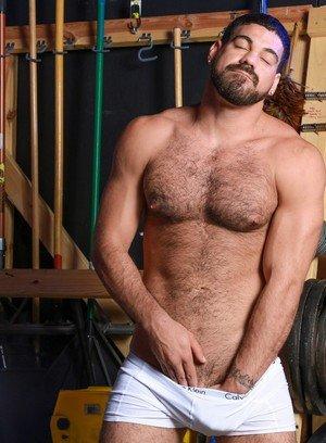 Sexy Guy Ricky Larkin,