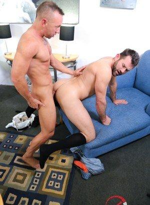 Good Looking Guy Jake Jennings,Matt Hart,