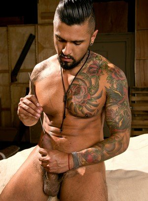 Muscle man Boomer Banks,