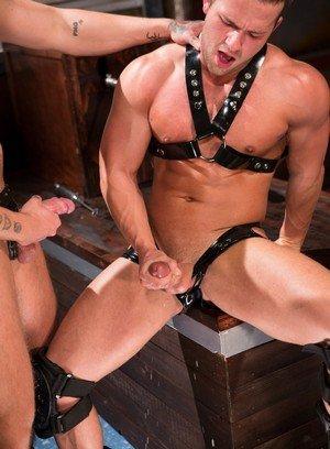 Horny Dave Circus,Luke Adams,