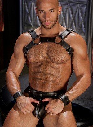 Sexy Gay Valentin Petrov,Sean Zevran,