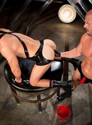 Naked Gay Manuel Olveyra,Mitch Vaughn,
