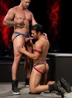 Muscle man Austin Wolf,Dorian Ferro,
