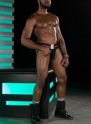 Sexy Guy Noah Donovan,Brian Bonds,