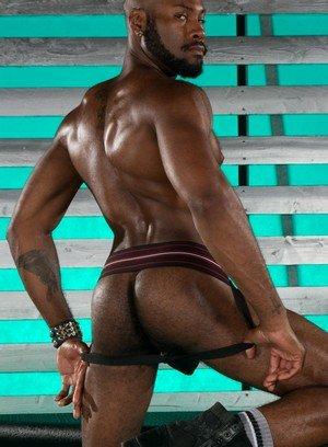 Big Dicked Gay Noah Donovan,Brian Bonds,