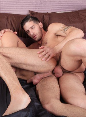 Good Looking Guy Ty Roderick,Davey Anthony,