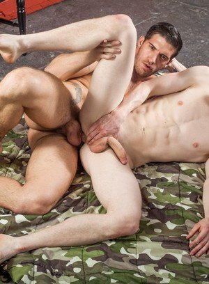 Hunky Gay Liam Harkmoore,Ty Roderick,