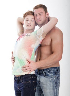Hunky Gay Connor Maguire,Casey Tanner,
