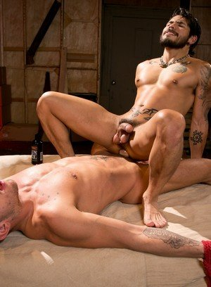 Good Looking Guy Draven Torres,Shane Frost,