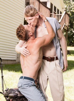Hunky Gay Brent Corrigan,Rob Yaeger,