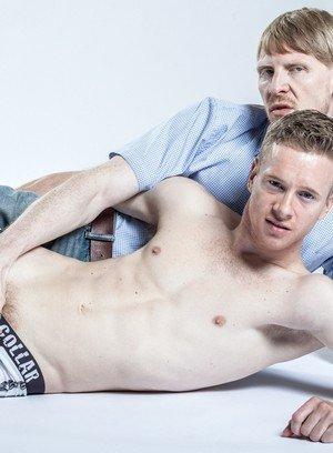 Naked Gay Rob Yaeger,Liam Harkmoore,