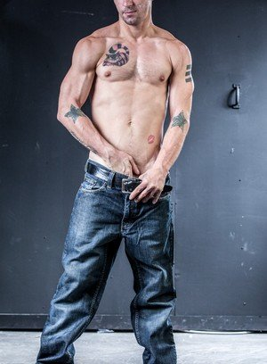 Handsome Guy Aaron Slate,James Hamilton,
