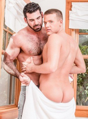 Seductive Man Brandon Wilde,Billy Santoro,