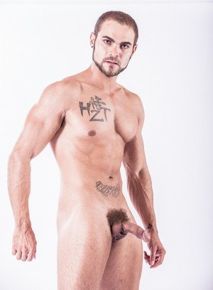 Hot Boy Sam Truitt,Brock Avery,